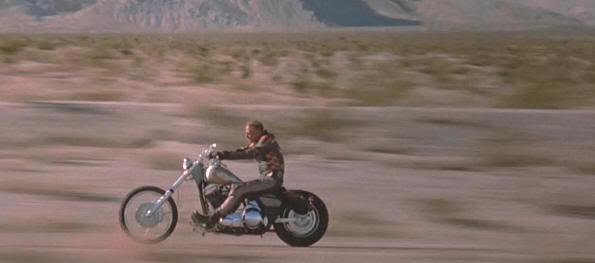 """Fotograma de """"Dos duros sobre ruedas"""""""