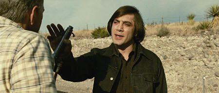 """Javier Bardem en """"No es País para Viejos"""" (""""No Country for Old Men"""", 2007)"""