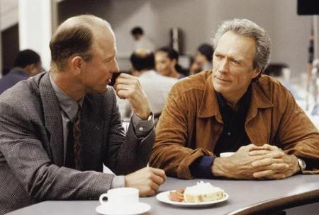 "Clint Eastwood y Ed Harris en ""Poder Absoluto"""