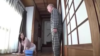 Rumi Kodama – The father-in-law likes the body of his son's wife and has sex with her
