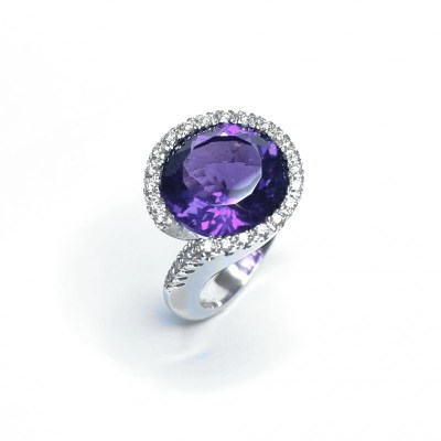 Second Hand Amethyst & Diamond Ring in 18ct White Gold