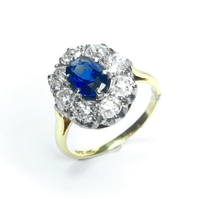Second Hand Burmese Sapphire & Diamond Ring in 18ct Yellow Gold