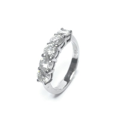 Second Hand 18ct White Gold Diamond 5 Stone Ring