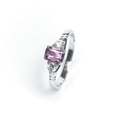 18ct White Gold Pink Sapphire & Diamond Ring