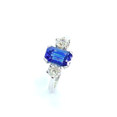 Second Hand Platinum Sapphire & Diamond Ring