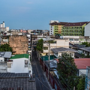 Neighborhood surrounding U-Baan Hostel in Wongwian Yai, Bangkok
