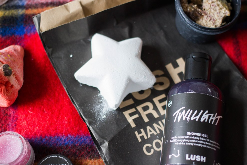 Lush Star Dust bath bomb christmas 2016
