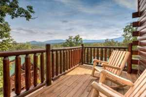Moonstruck Lodge is a five bedroom cabin in Pigeon Forge. It features a great mountain view, theater room, gated community, beautiful tile floors, and luxury throughout.