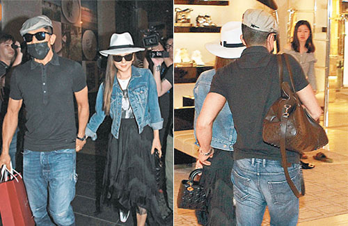 Aaron Kwok and Moka Fang Go Shopping for Mother's Day