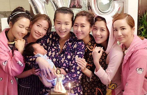 Myolie Wu Breastfeeds in Front of Friends