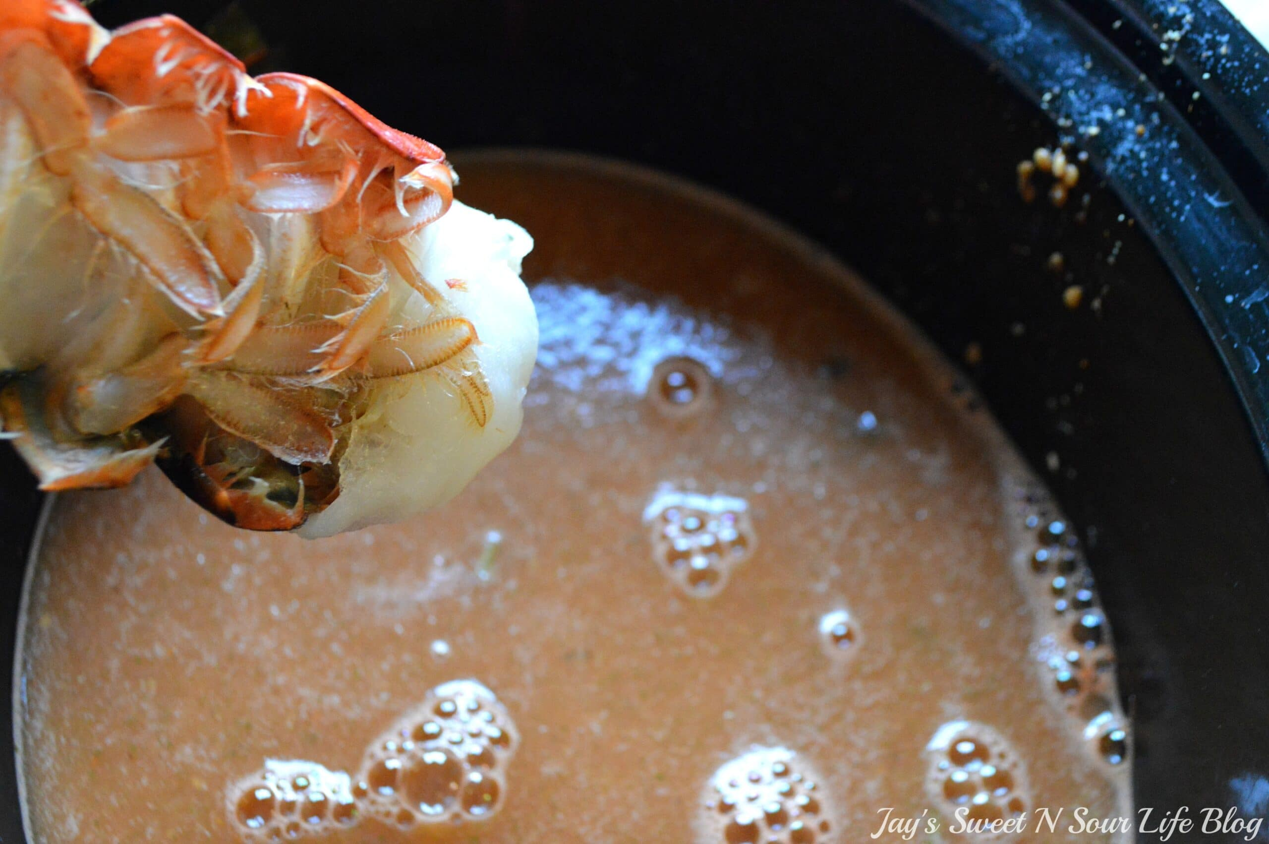 Lobster Bisque Step 14. A smooth and creamy Slow Cooker Lobster Bisque Soup that's always a family favorite. It's a creamy and spicy soup that uses lobster tails for a flavorful rich bisque. Your family won't believe you made this decadent soup in a crock-pot!