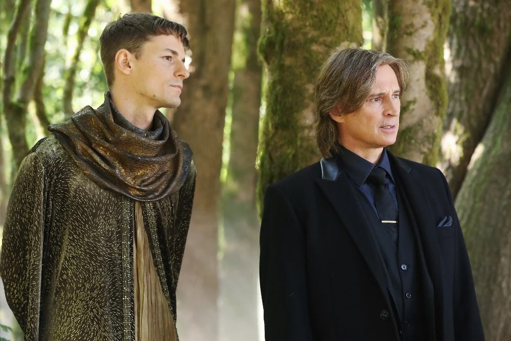 "ONCE UPON A TIME - ""The Savior"" - As ""Once Upon a Time"" returns to ABC for its sixth season, SUNDAY, SEPTEMBER 25 (8:00-9:00 p.m. EDT), on the ABC Television Network, so does its classic villain-the Evil Queen. (ABC/Jack Rowand) GILES MATTHEY, ROBERT CARLYLE"