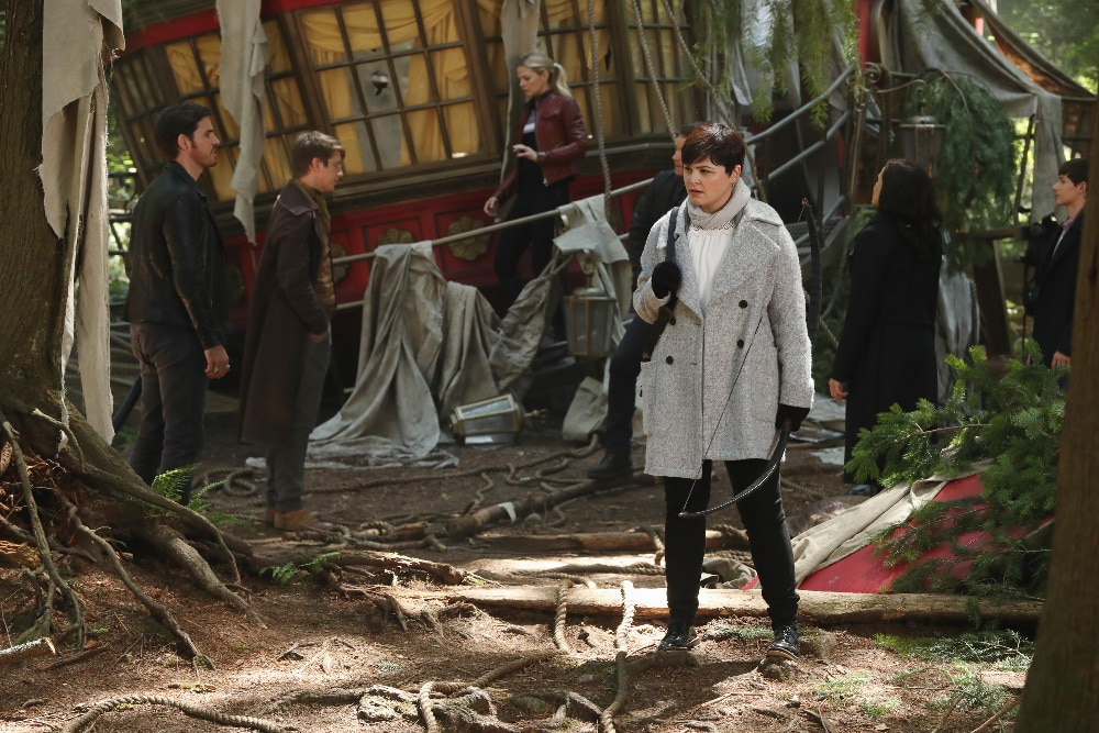"ONCE UPON A TIME - ""The Savior"" - As ""Once Upon a Time"" returns to ABC for its sixth season, SUNDAY, SEPTEMBER 25 (8:00-9:00 p.m. EDT), on the ABC Television Network, so does its classic villain-the Evil Queen. (ABC/Jack Rowand) COLIN O'DONOGHUE, HANK HARRIS, JENNIFER MORRISON, GINNIFER GOODWIN"