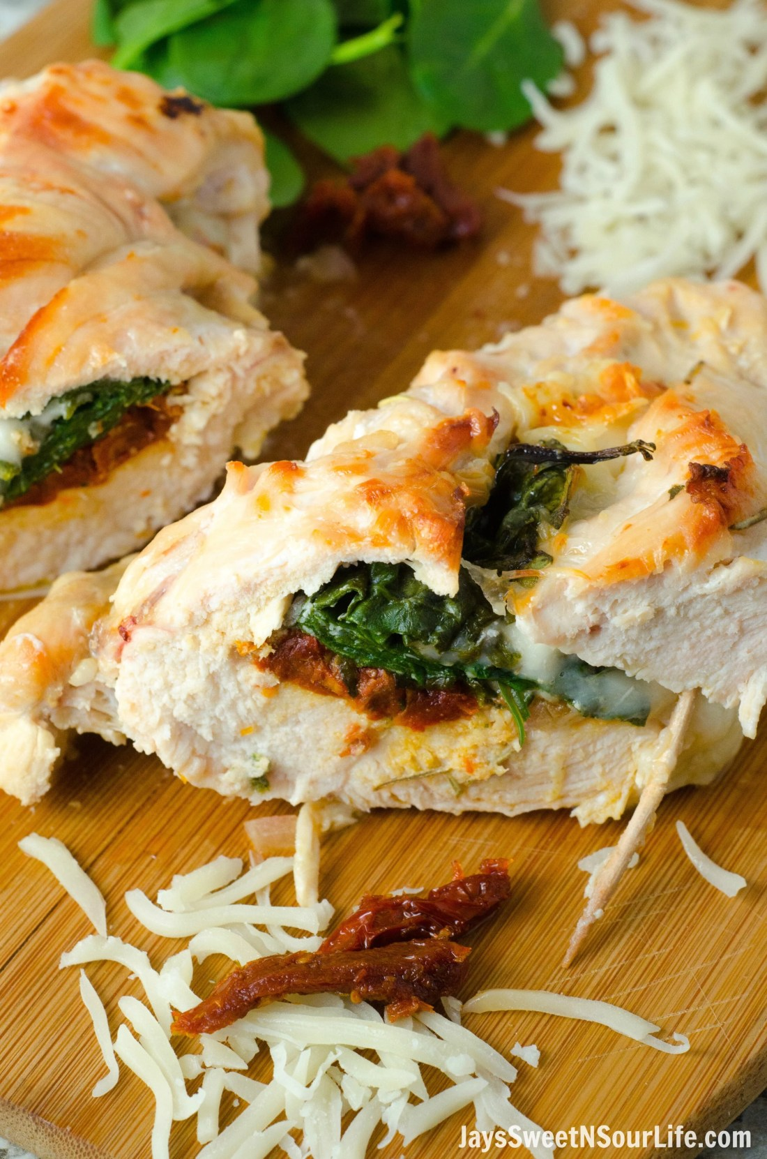 Serve up something delicious and differnt for your dinner tonight. Make this Sundried Tomato, Spinach and Cheese Stuffed Chicken in no time flat.