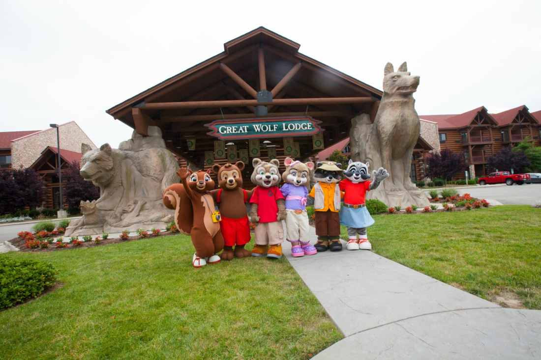 Spend some family time at the Great Wolf Lodge Williamsburg during their Spring-A-Palooza. Checkout all the fun activites and huge indoor water park, perfect for the whole family.