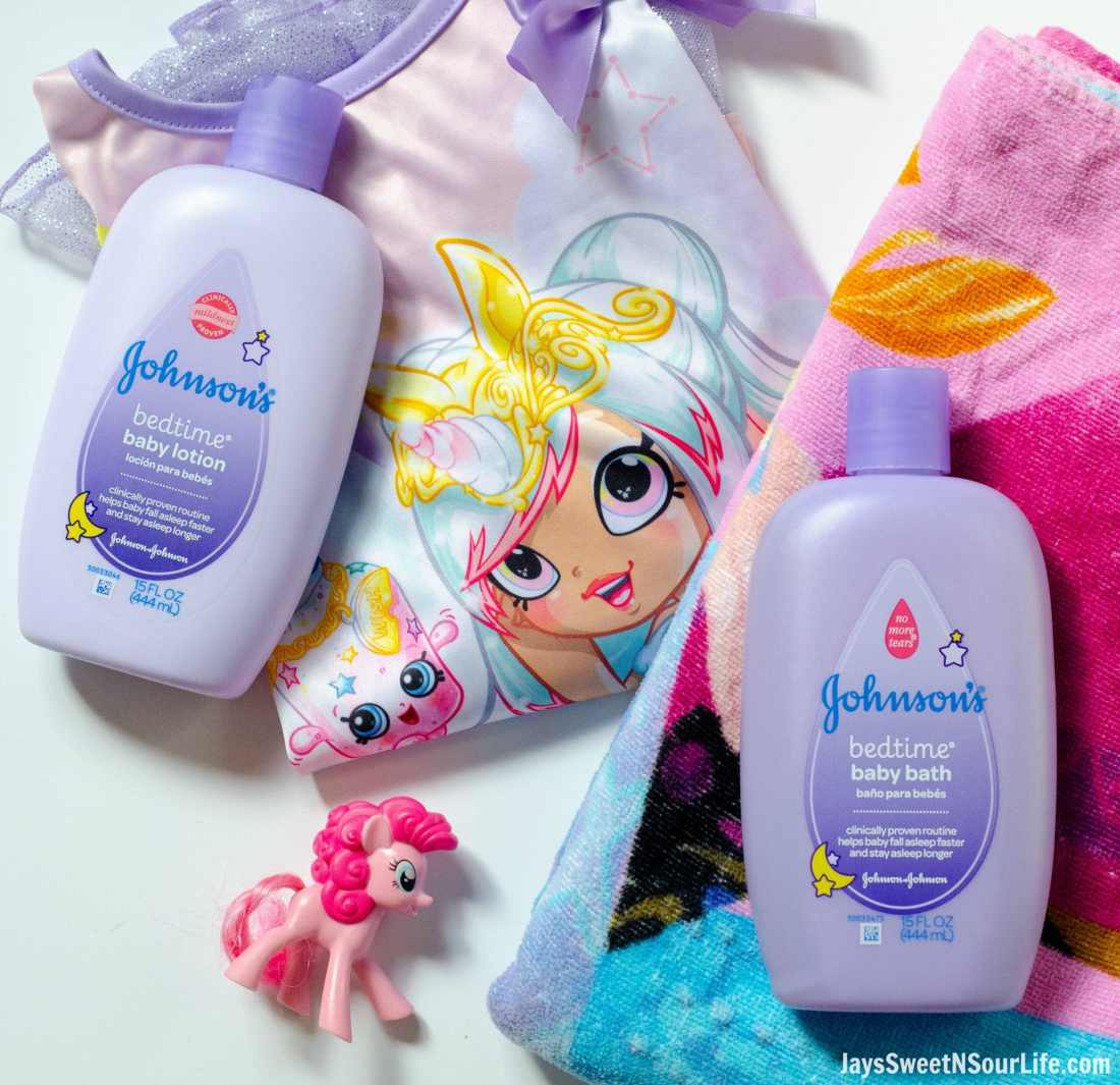 Create your very own Bathtime Travel kit with my checklist. Pack your child's favorite bathtime toy, PJ set, towel and Johnson and Johnsons BEdtime bath soap and lotion.