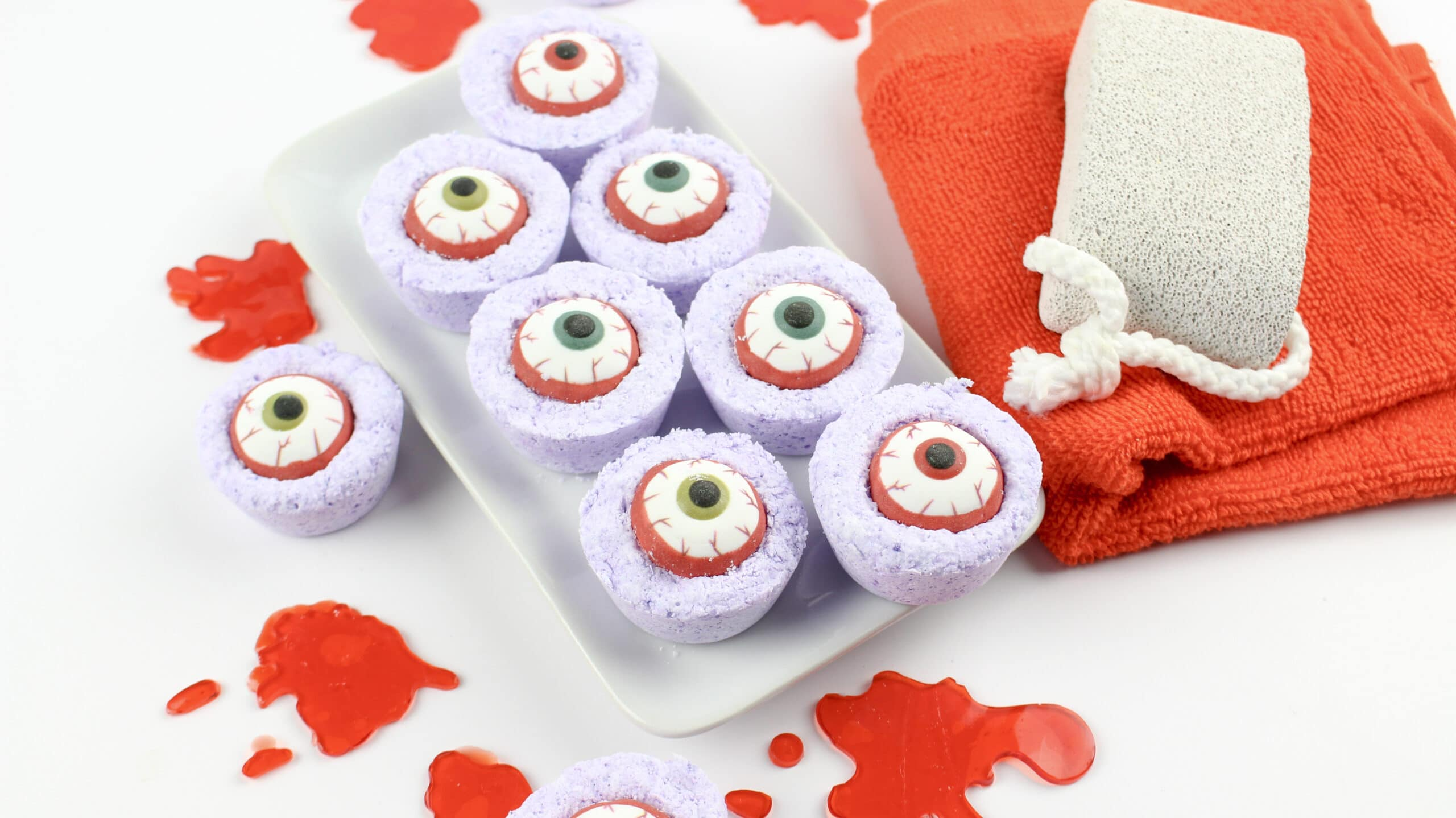 Diy Zombie Eyes Bath Bombs Jays Sweet N Sour Life