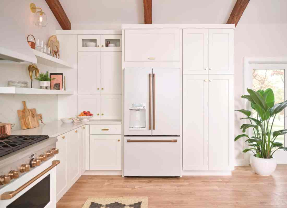 Matte GE Kitchen fridge Modern Kitchen Idea.Introducing the Café Matte Collection from GE, a collection of modern kitchen appliances that you can customize. Find them at your local Best Buy.