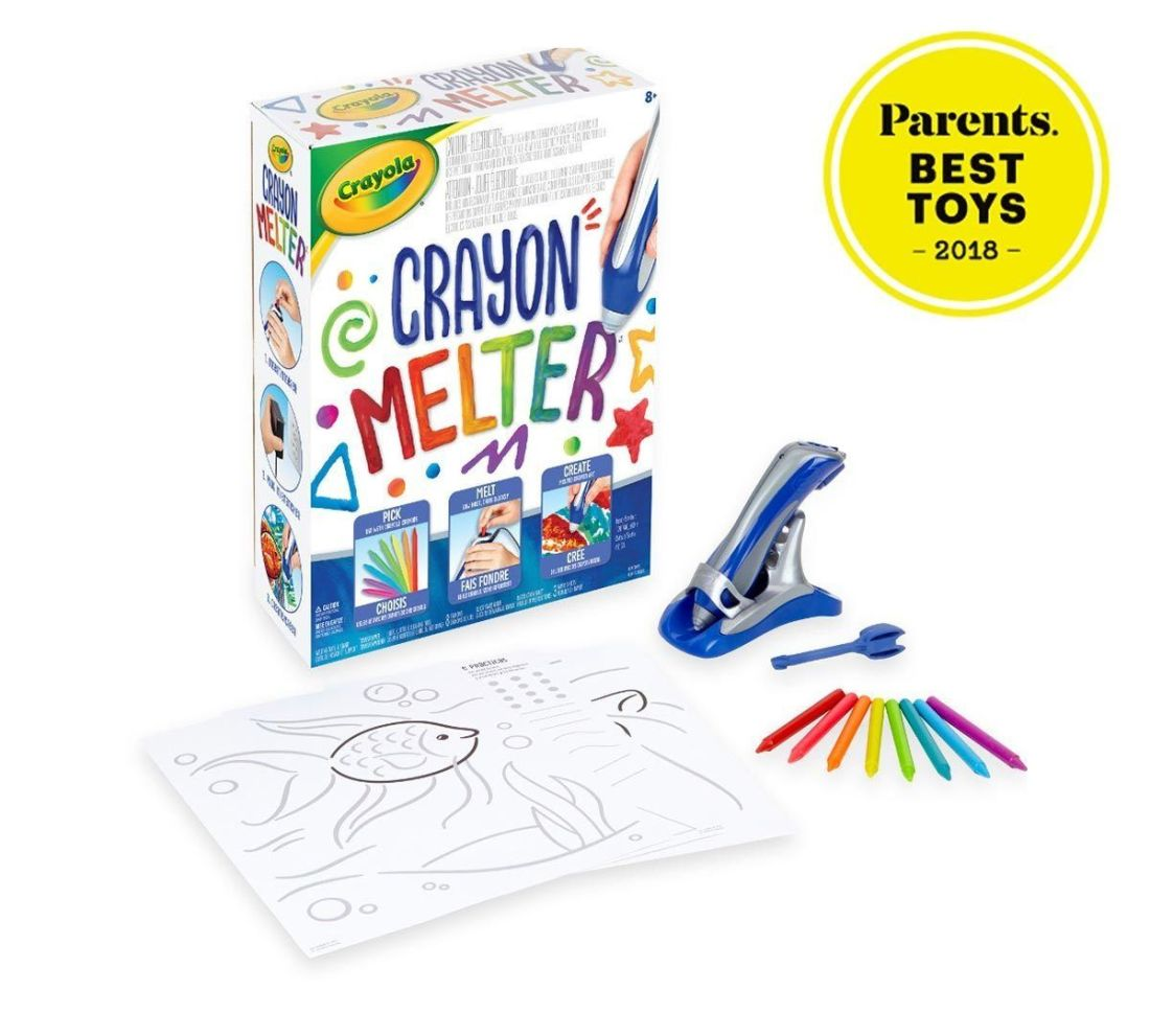 Run for the shelves and grab your old box of crayons, because there's a new way to color your world with Crayola crayons! The new Crayola Crayon Melter is now available just in time for the holidays.