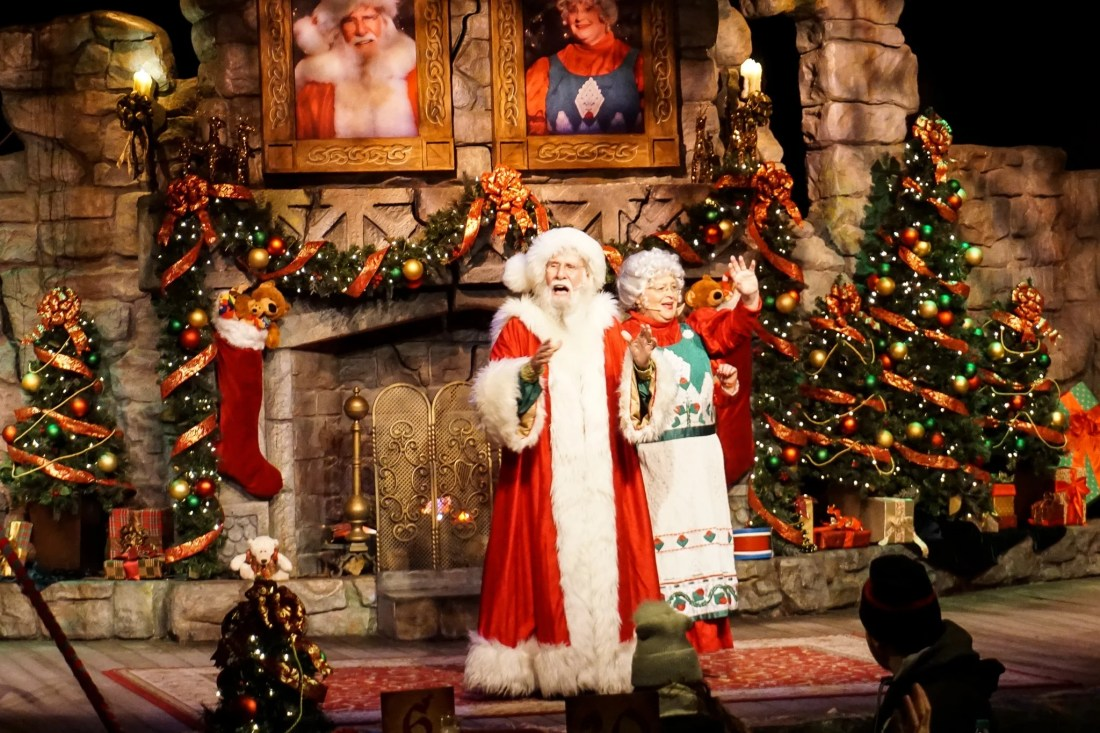 Santas Fireside Feast Mrs Claus and Santa. Gather around as Santa recounts a classic Christmas story while elves prepare a scrumptious all-you-care-to-eat meal and Mrs. Claus dazzles the dining room with holiday cheer. Read more about this wonderful feast at Busch Gardens Christmas Town in Williamsburg, Virginia.