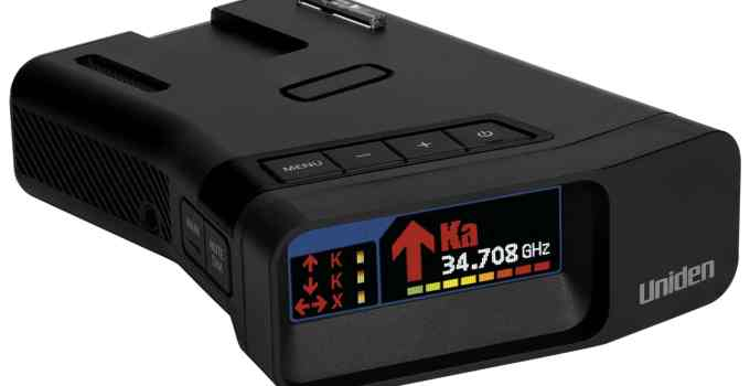 The Uniden R7 Radar Detector – Perfect For New Teen Drivers
