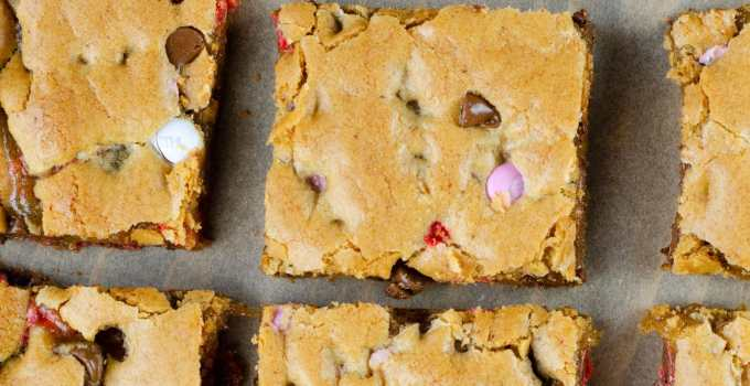 Browned Butter M&M Blondies   Valentines Day