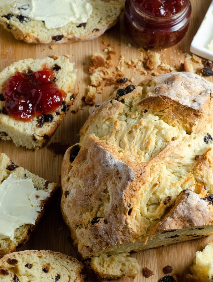 Irish Soda Bread Cutting Board. This Irish Soda Bread is a quick and easy bread recipe you can whip together and spoil your family with. Also known as quick bread, It's a no yeast bread recipe that will take over your home with the sweet smell of fresh-baked bread.