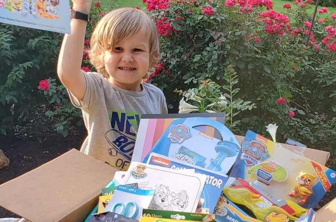 PAW Patrol: Mighty Pups Charged Up Activities. The paw-some Mighty Pups are back for next level action-packed adventures inPAW Patrol: Mighty Pups Charged Up. Check out all of the fun toys and activities we received in our Puptastic box today!