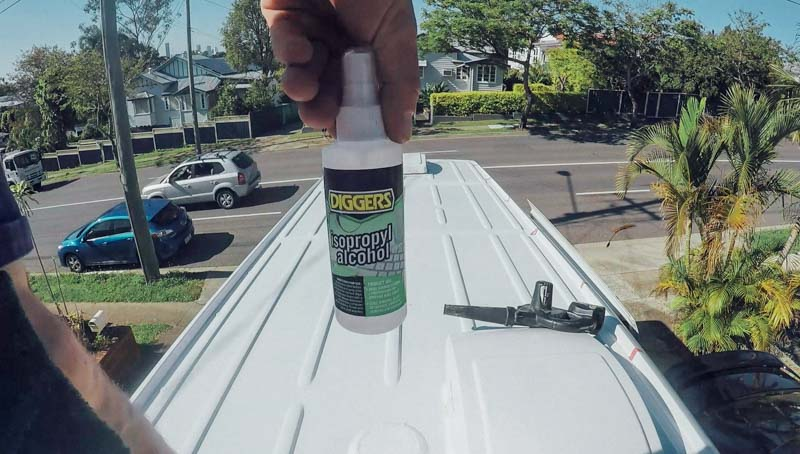 Ep.8 roof clean 1