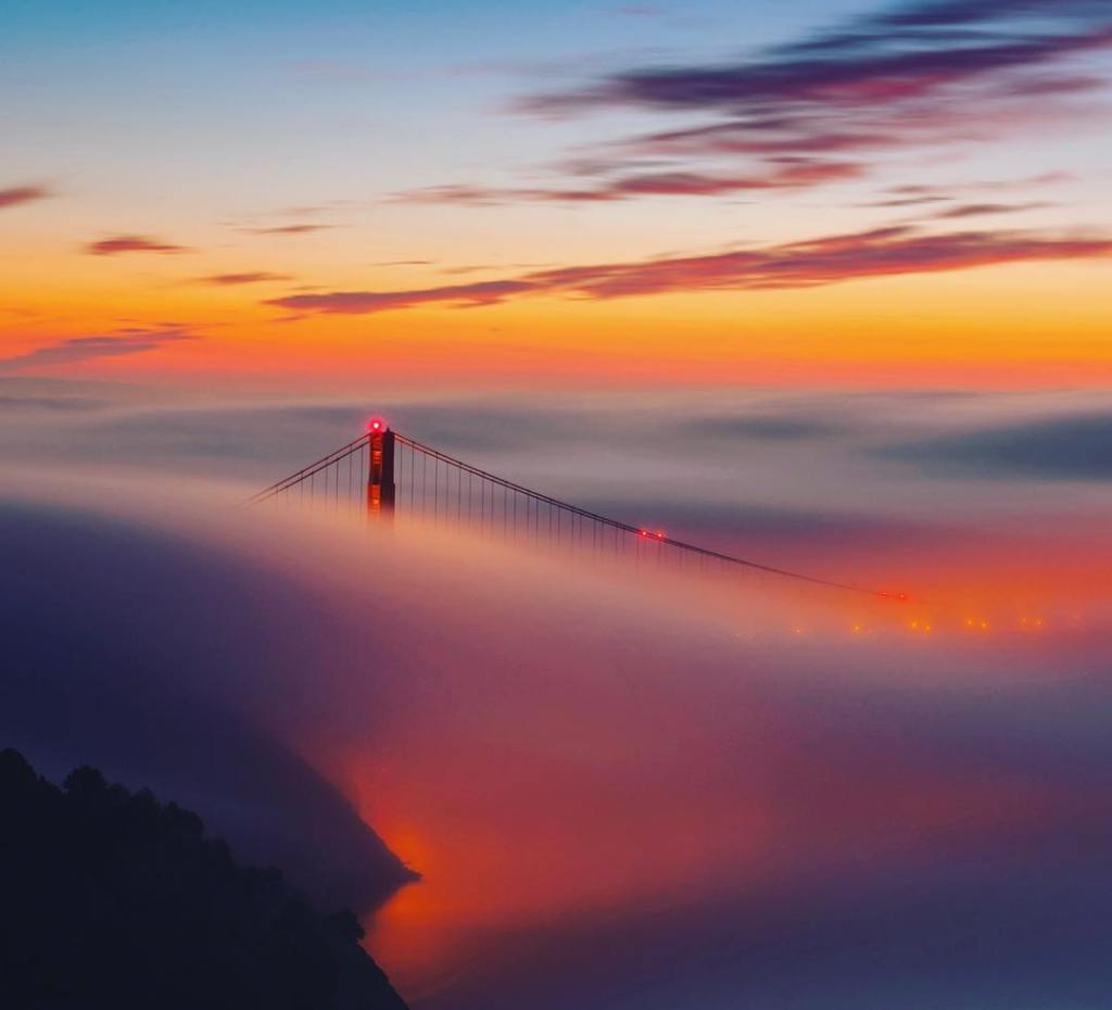 California Dreams  Sunrise at The Golden Gate is ahellip