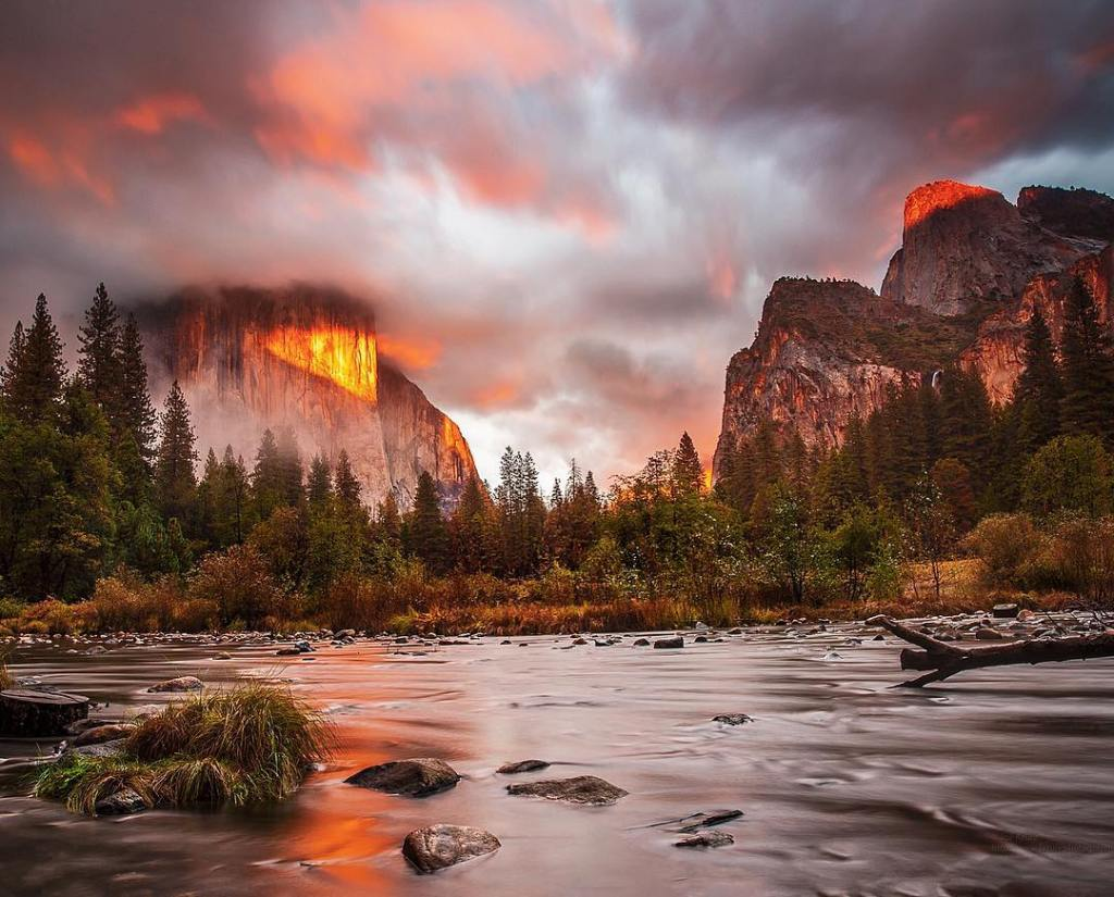 Falling for Yosemite  As summer begins to wind downhellip