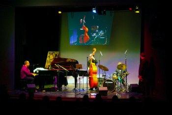 Gregory Gaynair Trio