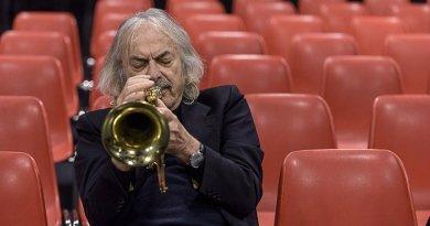 Enrico Rava credits Leonardo Schiavone