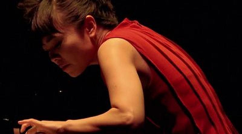 Hiromi & Edmar Castaneda Fire Live Montreal YouTube Jazzespresso Revista Jazz