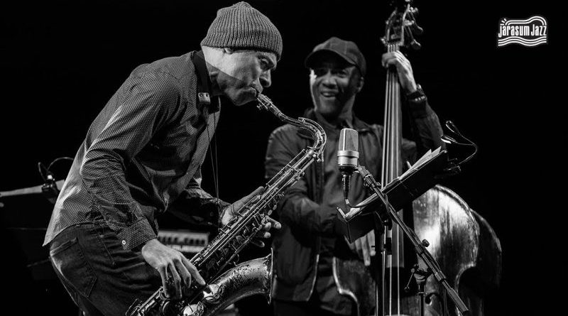 Joshua Redman Trio Jarasum Int'l Jazz 2017 YouTube Jazzespresso Jazz Magazine