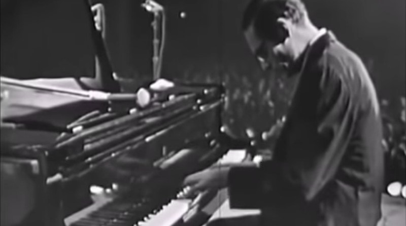 Bill Evans Live '64 '75 YouTube Video Jazzespresso 爵士杂志