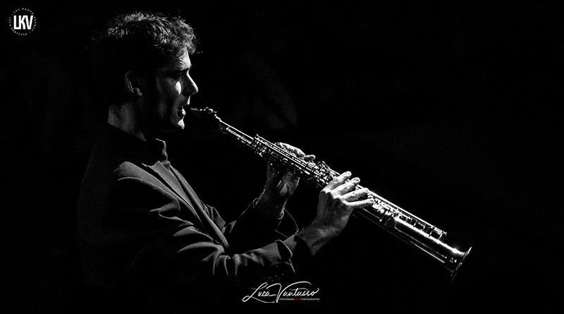 Tommaso Starace 米兰Luca Vantusso爵士音乐人物肖像摄影