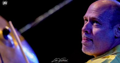 盧卡‧範圖索 : 傑夫·巴拉德(Jeff Ballard)三重奏 Jazzespresso