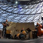 Das Manu Codjia Trio bei der Matinee im Doppelkegel. Foto: Thomas J. Krebs