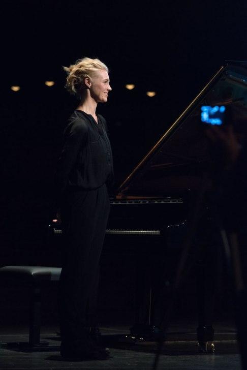 Julia Kadel beim Vorspiel zum Jazzfest. Foto: Petra Basche