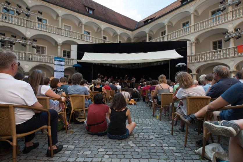 Der BR zeichnete die Konzerte im Thon-Dittmer-Palais auf. Foto: Petra Basche