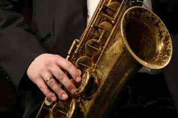 P1730426 Gäbel Hand - Foto TJ Krebs jazzphotoagency@web.de