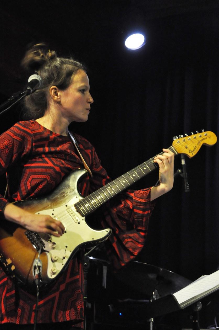 Monika Roscher im Jazzclub Regensburg. Foto: Michael Scheiner