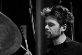 Jonas Burgwinkel an den Drums. Foto: Thomas J. Krebs