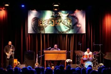 P1559327 Joey deFrancesco Trio - Foto TJ Krebs
