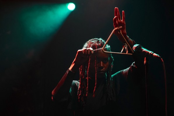 Moor Mother (voc), Irreversible Entanglements, Main Stage, 41.Jazzfestival Saalfelden, Photo (c) Ralf Dombrowski