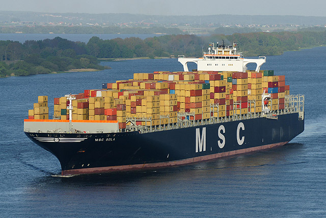 Largest Cargo Ship >> Largest Container Ship Ever To Dock In Durban Jbay News