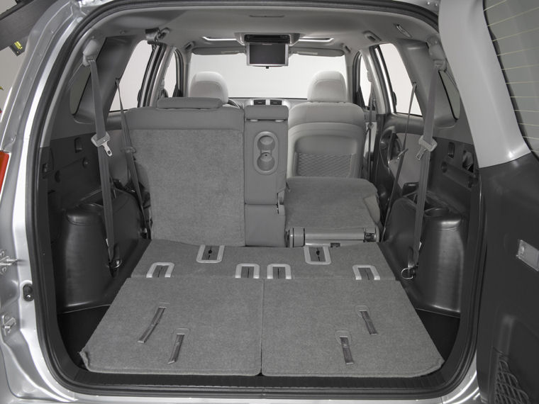 2006 Toyota RAV4 Trunk Picture Pic Image