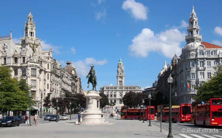 Portugal - Porto - Praca da Liberdade e Camara Municipal