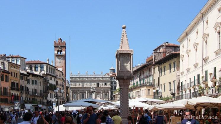 Italia - Verona - Piazza Erbe